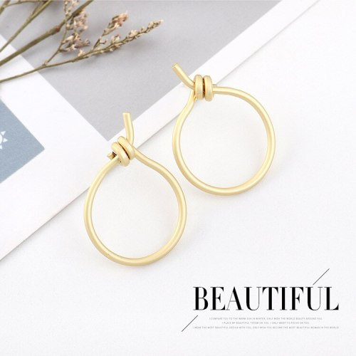 European Fashion Cool Knotted Earrings Women's Simple Small Circle Hollow Stud Earrings S925 Silver Pin Ear Nail B-4511
