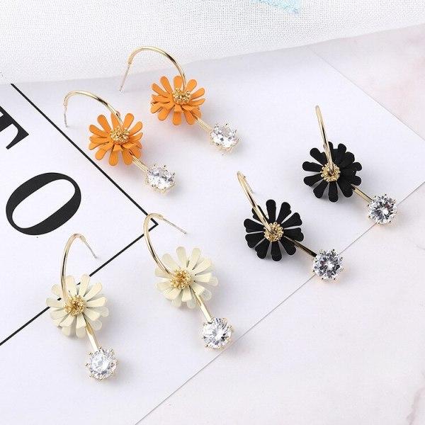 S925 Silver Pin Korean Fashion Daisy Flower Earrings Female Students All-match Cute Zircon Stud Earrings 138911