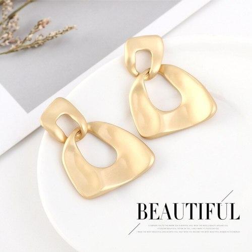 European Cool Creative Earrings Women's Fashion Gold-Plated All-match Earrings S925 Silver NeedleStud Earrings 140565