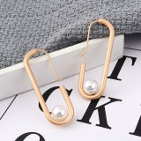 New European and American Exaggerated Pearl Earrings Female Creative Cool Simple Stud Earrings 139600