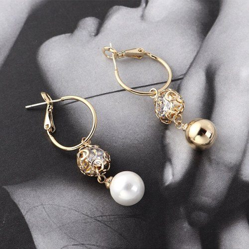European Simple Fashion Pearl Earrings Women's Circle Hollow-out Vintage Earrings Sterling Silver Needle Stud Earrings 139838