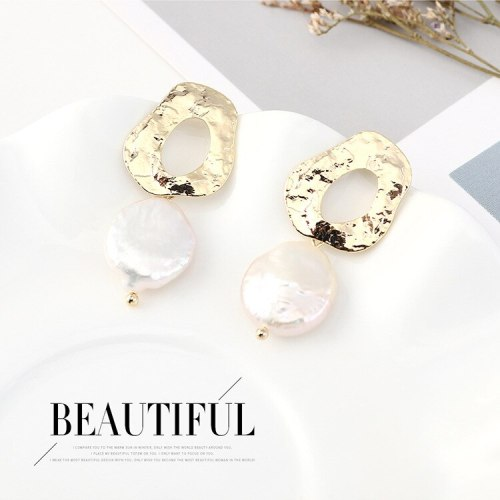 New European Retro Natural Pearl Earrings Female Creative Personality Simple and Versatile S925 Silver Needle Earrings 140571