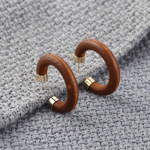 European Fashion Creative Cool Wood Earrings Female C- Shaped Half Circle Hollow Earrings 925 Silver Needle Earrings 140189