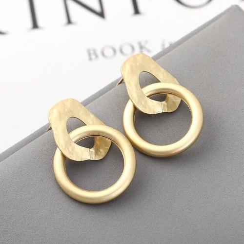 European and American Simple Fashion Irregular Geometric Metal Circle Earrings Women S925 Silver Pin Small Jewelry 140148
