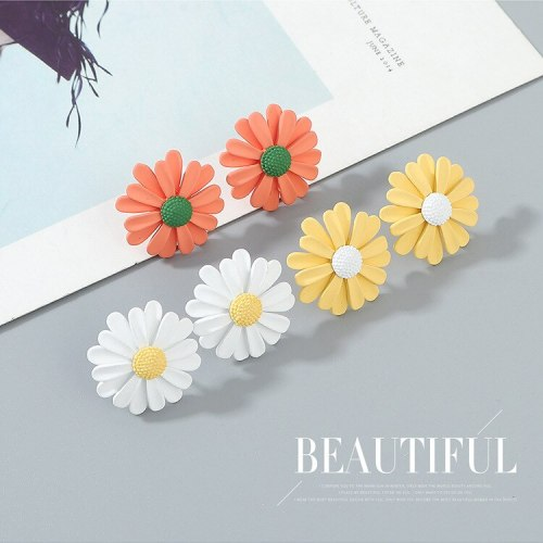 S925 Sterling Silver Pin Hipster Daisy Stud Earrings Female Mori Taiyanghua Contrasting Color Earrings Scrub Jewelry B-4976