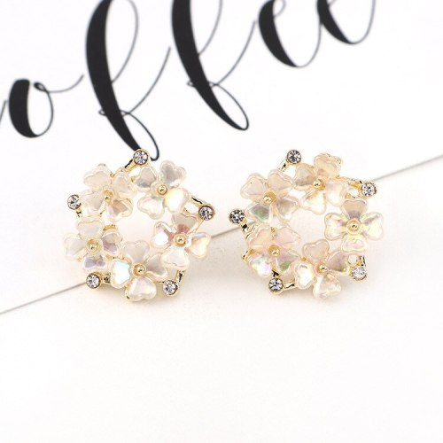 S925 Silver Needle Clover of Four Leaves Earrings Elegant Diamond Set Flower Earrings Female Cool All-match Jewelry 140501