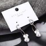 New Creative All-match CD Lettered Earrings Female Fashion Cool Flower Pearl Earrings Sterling Silver Stud Earrings 138991