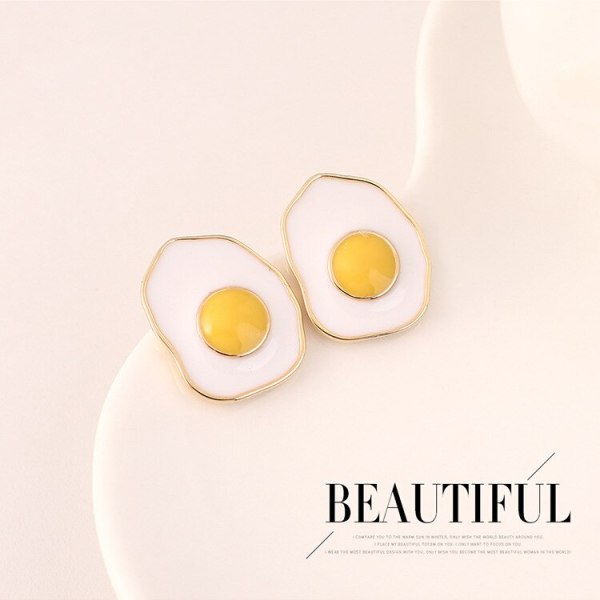 Fashion Creative Cool Poached Egg Earrings Girls Simple Hipster Painting Oil Cute S925 Silver Needle Ear Nail B-4628