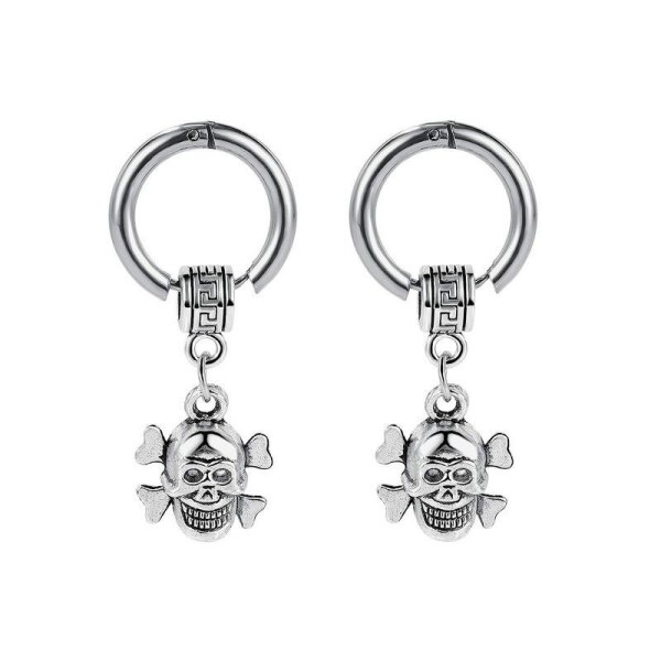 Personality Trendsetters Versatile Titanium Steel Skull Male Earrings Simple Street Hip Hop Students Stud Earrings Gb498