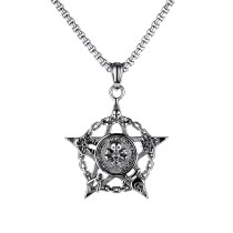 European and American Jewelry Ring Hollow Skull Five-pointed Star Pendant Men's Fashion Titanium Steel Necklace Gb1815