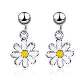 Korean Version of Summer Delicate Sunflower Small Daisy Earrings Sweet Small Short Female Earrings XzED897