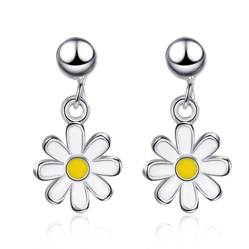 Korean Version of Summer Delicate Sunflower Small Daisy Earrings Sweet Small Short Female Earrings XzED897