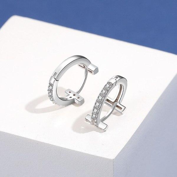 S925 Silver Earrings Female Korean Fashion Earrings Micro Inlaid Zircon Creative Ear Buckle Wholesale MlE2162