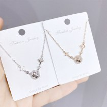 Japanese and Korean Fashion Elegant Zircon Clover round Necklace Women's Clavicle Chain Ornament Petal Necklace