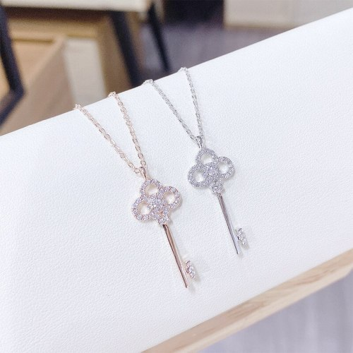 Necklace Korean Style Girl's Micro Inlaid Zircon Necklace Fashion Key Clavicle Chain Female Jewelry