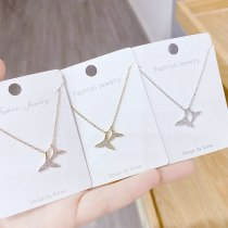 New Fishtail Dolphin Necklace for Women Ins Simple Elegant Light Luxury Diamond-Embedded Short Clavicle Chain Pendant
