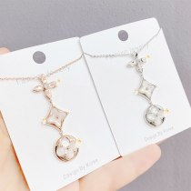 New Four-Leaf Clover Fritillary Necklace Clavicle Chain Elegant Pendant Necklace Fashion All-Matching Jewelry