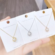 New Pearl Necklace for Women Ins Elegant Petal Clavicle Chain Pendant Trendy Necklace for Girlfriend