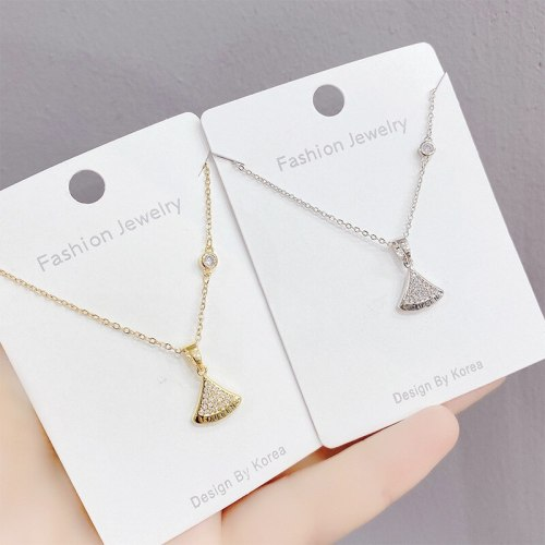 New Diamond Small Skirt Necklace Women's Simple All-Match Small Fan Clavicle Chain Pendant Ornament