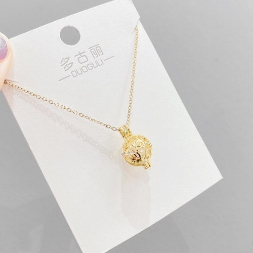 Korean Style Fashion Galaxy Hollow Necklace Female Personality Temperament Diamond-Embedded Spherical Clavicle Chain Necklace