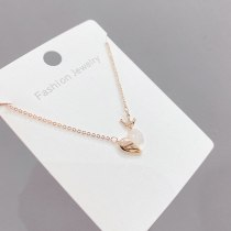 Fashionable Simple Electroplated Real Gold Shell Peach Heart Necklace Elegant Short All-Match Clavicle Chain Female Jewelry