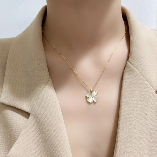 Korean Style Micro-Inlaid Opal Clover Necklace Simple All-Match Elegant Golden Clavicle Chain Pendant