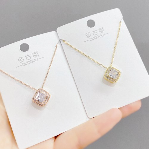 Japanese and Korean Fashion Micro Inlaid Zircon Necklace Women's Ins Style Clavicle Chain Pendant Necklace Jewelry