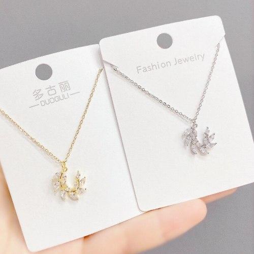 European and American Zircon Leaf Necklace Women's Fashion Short Leaf Pendant Clavicle Necklace Accessories Wholesale