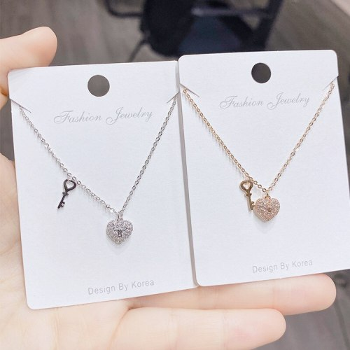 Fashion Creative Peach Heart Lock Key Necklace Clavicle Chain Japanese and Korean Mori Love Necklace Pendant for Women