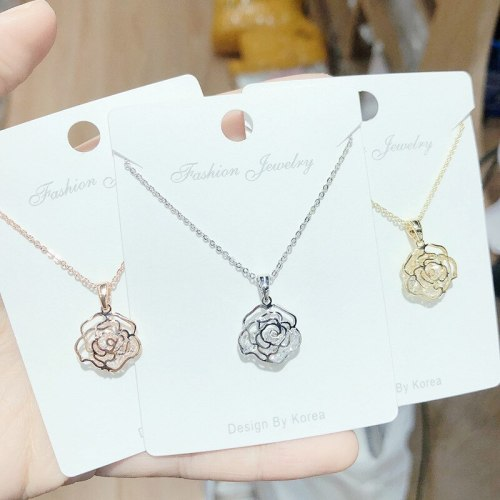 New Korean Style Popular Electroplated Hollow Rose Zircon Necklace Women's Short Pendant Necklace Ornament