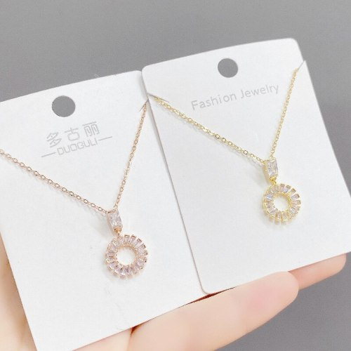 European Simple Elegant Circle Micro Inlaid Zircon Necklace for Women New Personalized Fashion round Clavicle Chain Jewelry