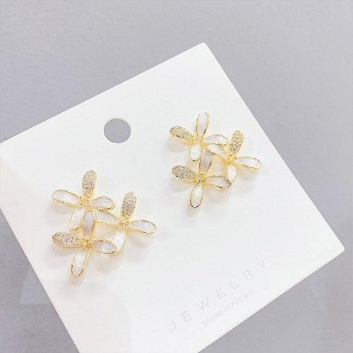 Sterling Silver Needle Flower Stud Earrings for Women New Trendy Fresh Earrings Daisy Petal Ear Accessory
