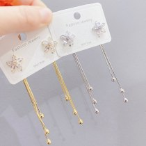 Petal Fringed Earrings New Fashion Stud Earrings 925 Silver Needle Temperamental Earrings Long Wild Earrings for Women