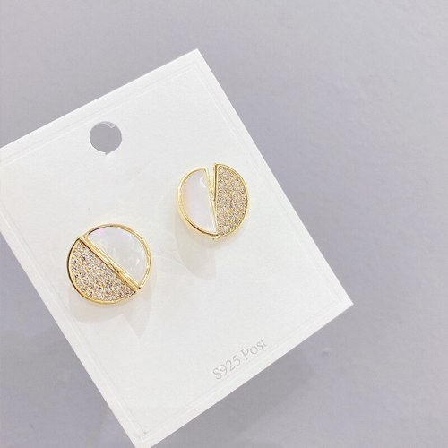White Shell Stud Earrings Sweet Lady Small Cute Sterling Silver Needle Stud Earrings for Women
