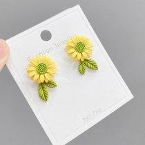 Daisy Stud Earrings Sweet Spring Fresh S925 Silver Needle Elegant Lady Small Flower Sunflower Earrings Jewelry