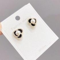 Sterling Silver Needle Black Rose Earrings Pearl Earrings Dignified Sense of Design Elegant Flower Earrings