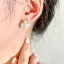 S925 Silver Needle Rotating Four-Leaf Flower Stud Earrings Micro Inlaid Zircon Elegant All-Match Flower Earrings Jewelry