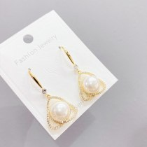 Fashion French Style Earrings for Women Niche Temperament All-Match Pearl Earrings Sterling Silver Needle Earrings