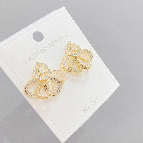 Geometric Full Diamond Ear Clip Fashion French Pearl Stud Earrings Women 'S Retro Sterling Silver Needle Temperament Earrings