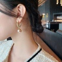 Sterling Silver Needle Ear Clip Korean Style U-Shaped Metal Twist Pearl Earrings French Style Vintage Circle Earrings Women