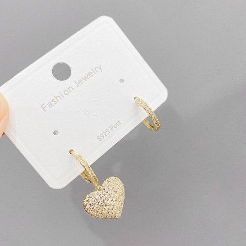 Zircon Peach Heart Three-Dimensional Earrings Sweet Lovely Fancy Mori Graceful Earrings Fashion Personalized Ear Clips Women