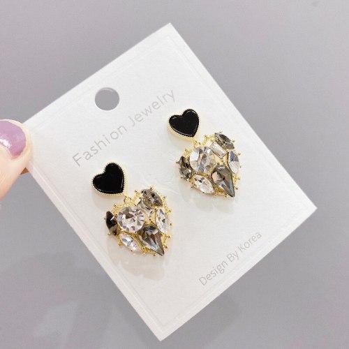Sterling Silver Needle Vintage Zircon Shiny Diamond Ear Studs Sweet Temperament Simple Light Luxury Creative Earrings