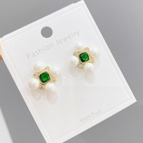 Vintage Pearl Stud Earrings Sterling Silver Needle Geometric Diamond Shaped Earrings Inlaid Crystal Earrings