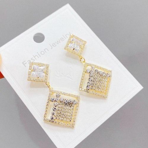 Sterling Silver Needle Earrings European and American Style Rhombus Alloy Simple Long Geometric Diamond Stud Earrings