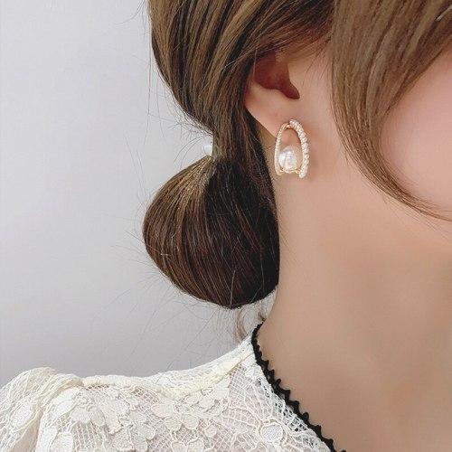 Sterling Silver Needle Rhinestone Pearl C- Shaped Stud Earrings Simple and Stylish Personality Earrings Graceful Earrings Women