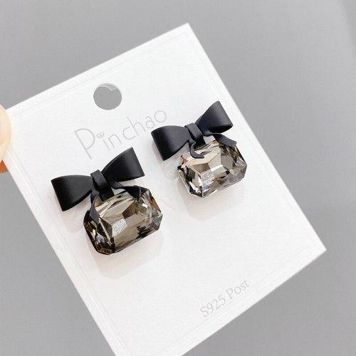 Sterling Silver Needle Earrings Women's New Trendy Minimalist Bowknot Earrings Elegant Earrings
