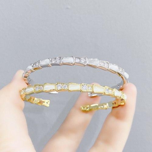 Net Red Shell Snake Bone Fashion Bracelet Open Cat Eye Bracelet Female Temperamental Cold Style Personalized Jewelry
