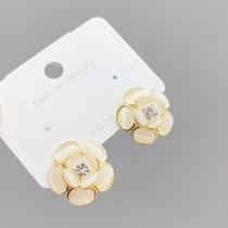 New Trendy Korean Temperament Earrings Sterling Silver Needle Petal Ear Accessory Opal Flower Earrings