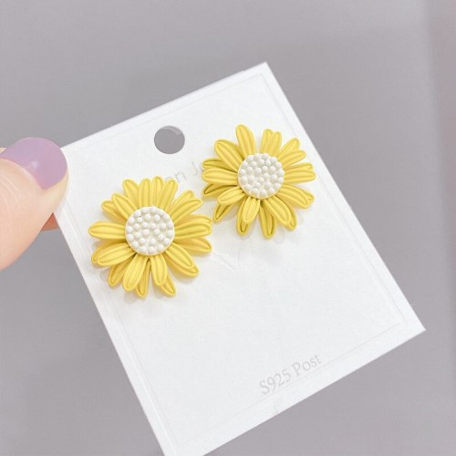 Real Gold Plating Sterling Silver Needle Korean Temperament Sunflower Stud Earrings Flower Earrings Simple Earrings