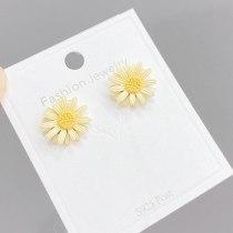 Korean Style Sterling Silver Needle Daisy Stud Earrings Simple Cute Flower Earrings Earrings